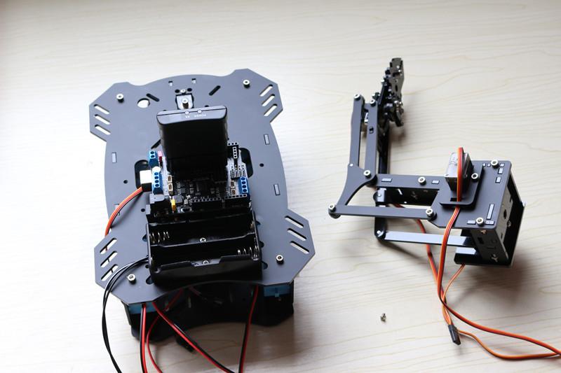 机械臂麦克纳姆轮V2.0版小车安装说明(更新中)